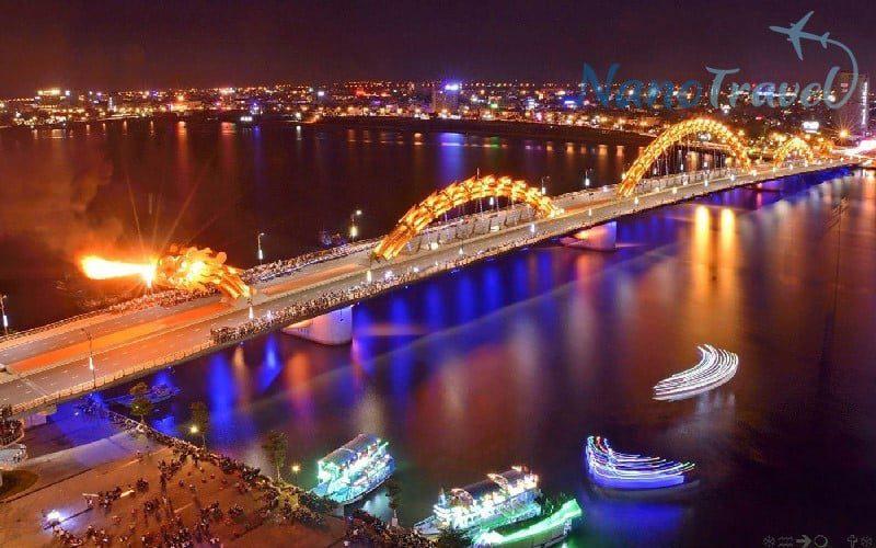 Cầu Rồng phun lửa thứ bảy, chủ nhật khi Đà nẵng về đêm