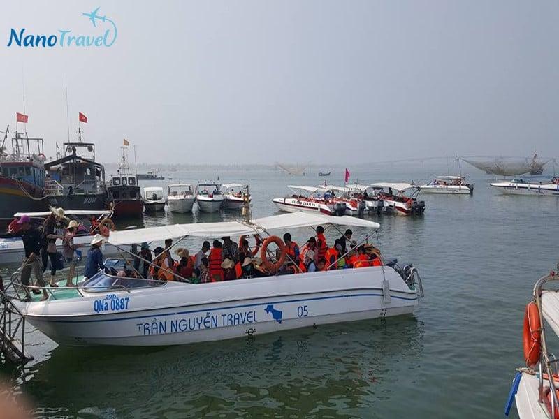 Tàu du lịch Cù Lao Chàm