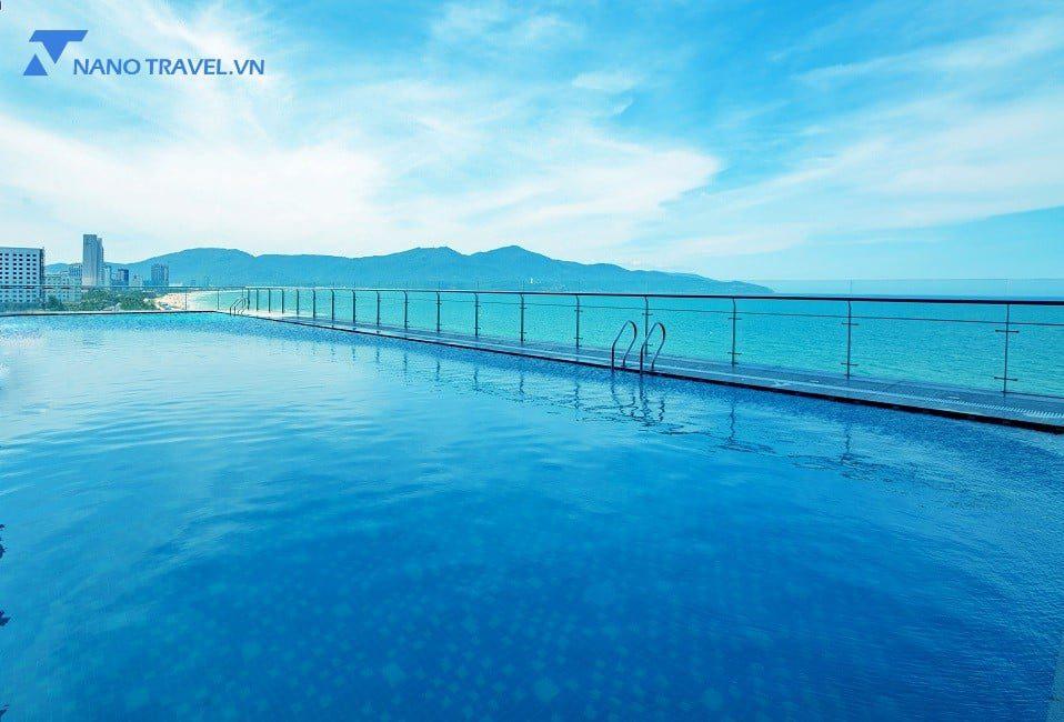 Hồ bơi Khách sạn Mường Thanh