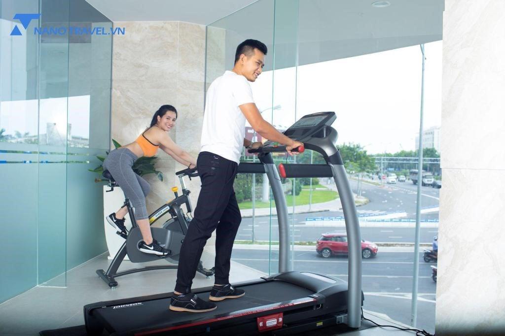Phòng gym tại Grand Cititel Hotel